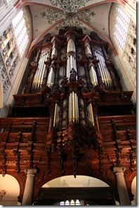 another look at that organ